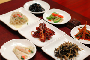 Korean_cuisine-Banchan-11