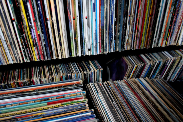 Record albums 8447794421_fdfda28f9f_k