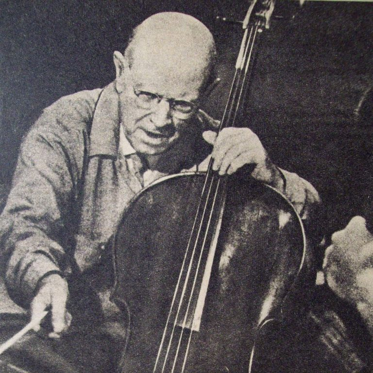pablo casals Rare and filmed in 1954 in the abbaye saint-michel-de-cuxa - i hope i can make some cello lovers happy with this document.